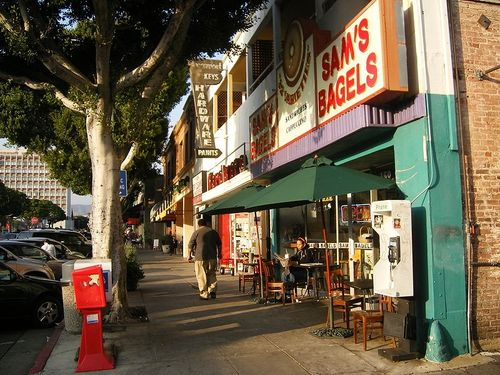 Are you familiar with Larchmont Village in Los Angeles?