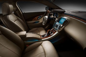 2010-buick-lacrosse-interior-side