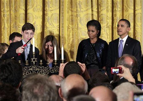Obama_Hanukkah.sff-cf1399e3-c158-4910-bfcf-eece2b3c65e3
