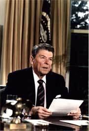 Reagan_challenger